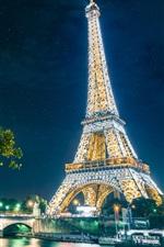 Paris, a Torre Eiffel, cidade, noite, luzes