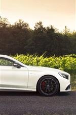 Mercedes-Benz S-Class S63 AMG carro branco