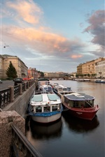 Preview iPhone wallpaper Saint-Petersburg, Fontanka River, Russia, boats, houses