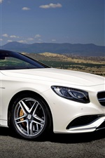 2015 Mercedes-Benz S63 AMG white car