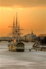 Preview iPhone wallpaper St. Petersburg, Russia, morning, city, river, boat, house