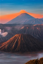 Preview iPhone wallpaper Indonesia, Java, volcano, eruption, sky, mountains