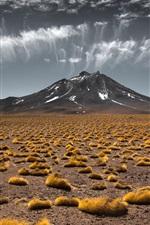 iPhone fondos de pantalla Estepa, montaña, nubes, paisaje de la naturaleza