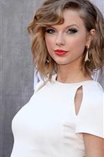 Taylor Swift 44
