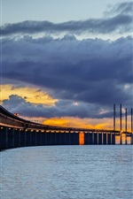 Sweden, Skane, Bunkeflostrand, Oresund Bridge, night, clouds