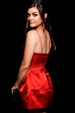 Preview iPhone wallpaper Lucy Hale 02