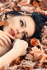 Preview iPhone wallpaper Perfect autumn, girl, makeup, leaves