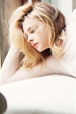 Preview iPhone wallpaper Chloe Grace Moretz 25