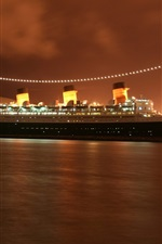 Queen Mary 2 cruise, evening