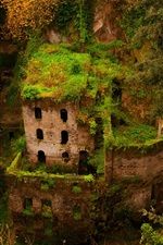 Preview iPhone wallpaper Sorrento, gorge, green house, building, ruins