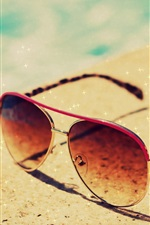 Preview iPhone wallpaper Sunglasses, summer, glitter