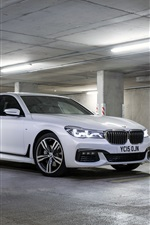 Preview iPhone wallpaper 2015 BMW M7 white car stop at parking