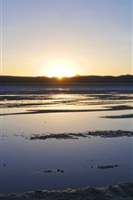 Preview iPhone wallpaper Beautiful sunset, Uyuni Salt Lake, Japan