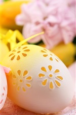 Preview iPhone wallpaper Easter eggs, openwork carving
