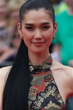 Preview iPhone wallpaper Tao Okamoto 03