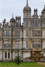 Preview iPhone wallpaper Burghley, England's greatest Elizabethan houses