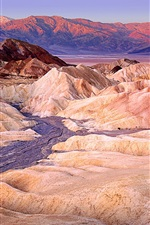 Preview iPhone wallpaper Death Valley, Furnace Creek, red rocks, California, USA