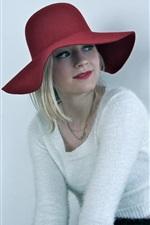 Emily Kinney 05