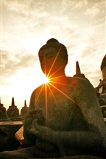 Preview iPhone wallpaper Indonesia Yogyakarta, Solo, statues, sun rays