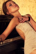 Preview iPhone wallpaper Beautiful brown hair girl, piano, light