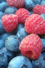 Preview iPhone wallpaper Blueberries and raspberries