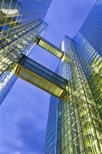 미리보기 iPhone 배경 화면 도시의 밤, 고층 빌딩, 유리 벽, 창문, 조명