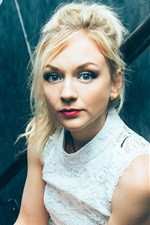 Preview iPhone wallpaper Emily Kinney 07