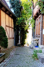 Preview iPhone wallpaper Germany, Quedlinburg, alley, home, house, travel place