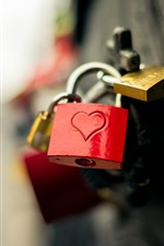 Preview iPhone wallpaper Love hearts locks