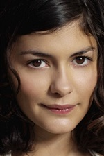 Preview iPhone wallpaper Audrey Tautou 02