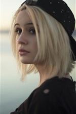 Bea Miller 01
