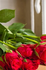 Preview iPhone wallpaper Bouquet of red rose flowers