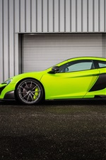 Preview iPhone wallpaper McLaren 675LT green supercar side view