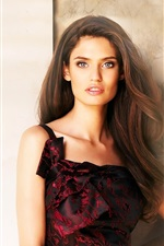 Preview iPhone wallpaper Bianca Balti 01