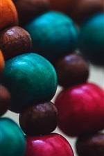 bolas de madeira coloridas, decoração