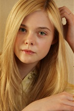 Preview iPhone wallpaper Elle Fanning 16