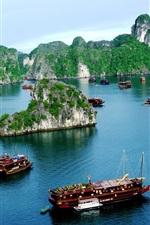 Vietnã, Halong Bay, barcos, montanha, nuvens