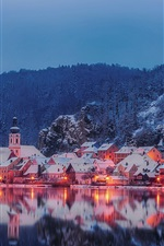 iPhone壁紙のプレビュー バイエルン、ドイツ、ナーブ川、住宅、木々、山、夜