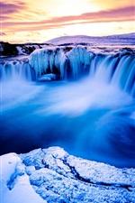 iPhone обои Красивый пейзаж, зима, снег, горы, водопад, лед, сумерки