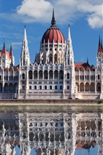 Preview iPhone wallpaper Budapest, Hungary, Parliament, river, water reflection
