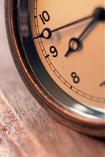 Clock close-up, bokeh