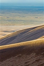 Preview iPhone wallpaper Desert, barren land, lonely person