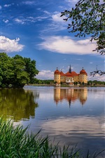 Preview iPhone wallpaper Germany, Saxony, Moritzburg, castle, lake, trees, clouds, dusk