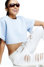 Preview iPhone wallpaper Kat Graham 01