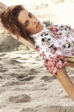 Preview iPhone wallpaper Kristen Stewart 16