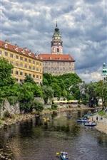Preview iPhone wallpaper Cesky Krumlov, Czech Republic, castle, trees, river, boats, clouds