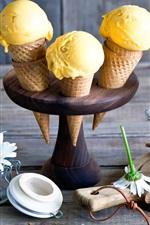 Mango ice cream, white flowers