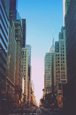 Preview iPhone wallpaper New York, city, road, traffic, buildings, dusk, USA