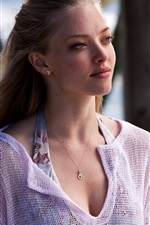 Preview iPhone wallpaper Amanda Seyfried 04