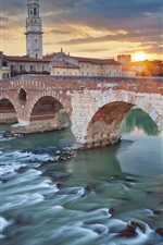 Preview iPhone wallpaper Italy, Verona, river, bridge, city, houses, clouds, sunset